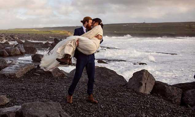 Micro Wedding Eloping with Coastal Ceremonies