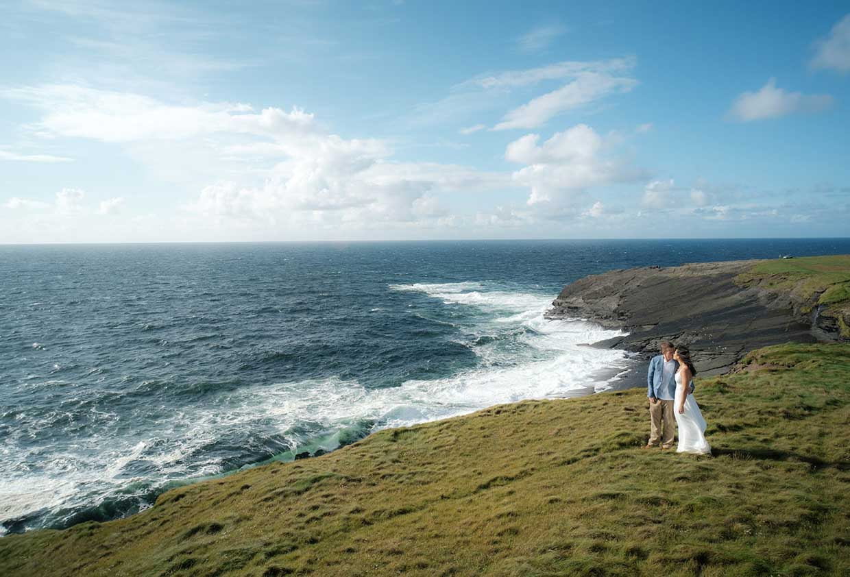Perfect Vow Renewals in Ireland with Coastal Ceremonies
